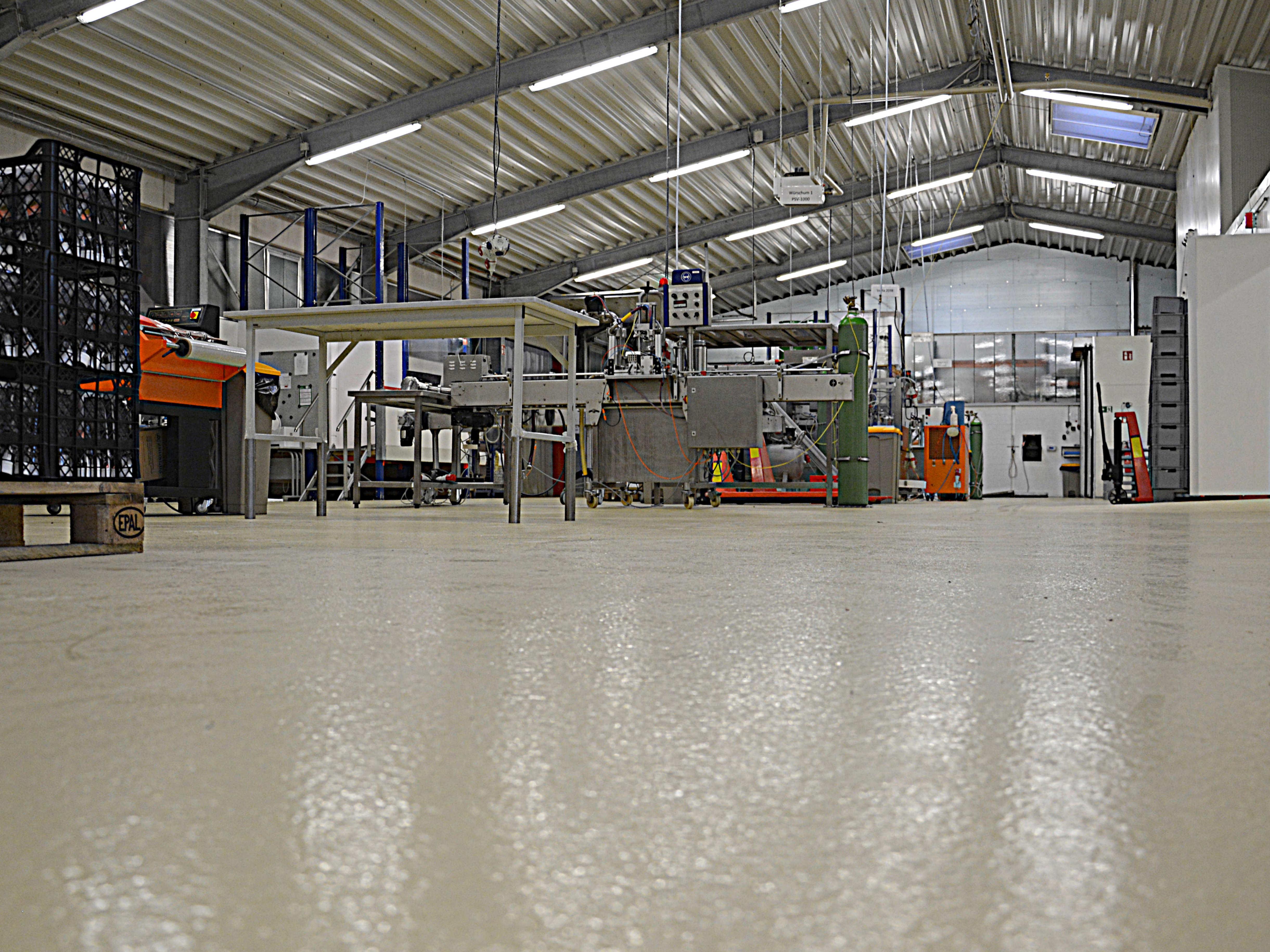 Fussbodensanierung Mit Epoxidharzboden Fressnapf